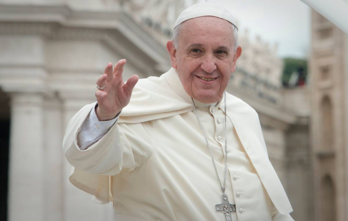"""Pope Francis Calls Nurses, """"Experts In Humanity"""" - Thanks Nurse Who Saved His Life"""