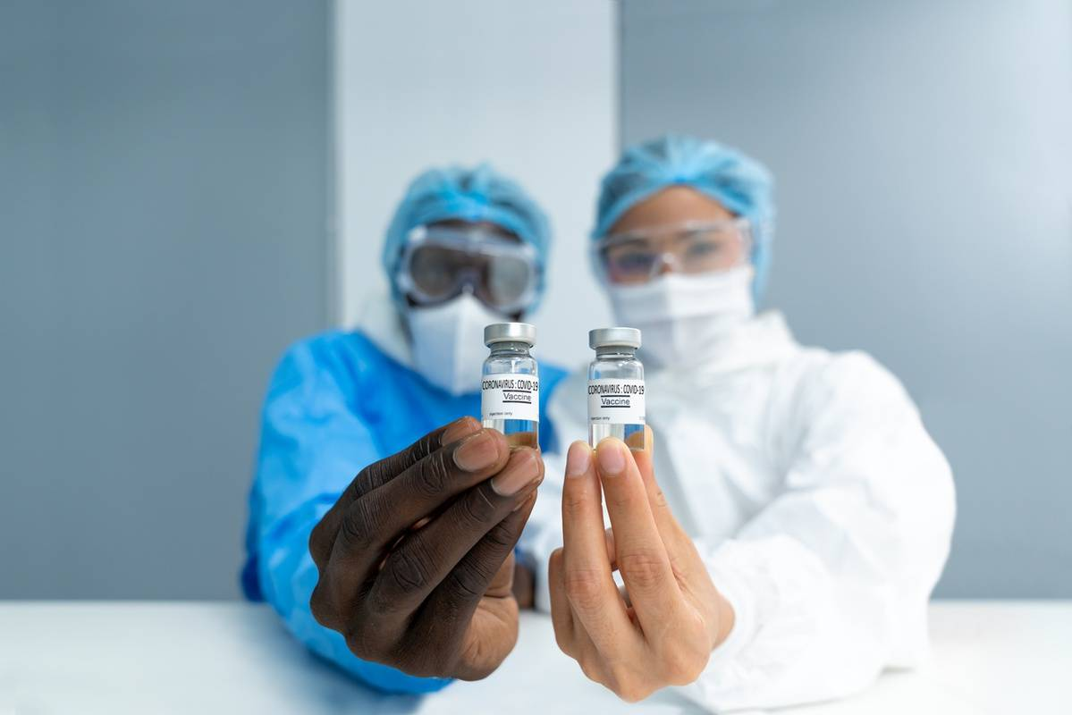 Pfizer vs. Moderna Vaccines: Similarities and Differences