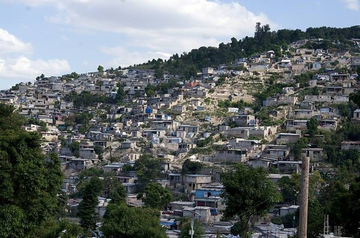 Nurses Trapped In Haiti Crowd Fund Their Own Rescue