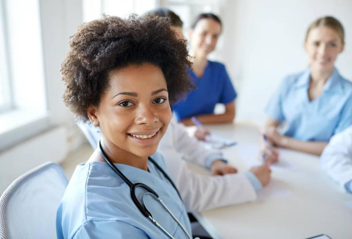 Nurses Unionizing: Benefits of Working in a Union Hospital