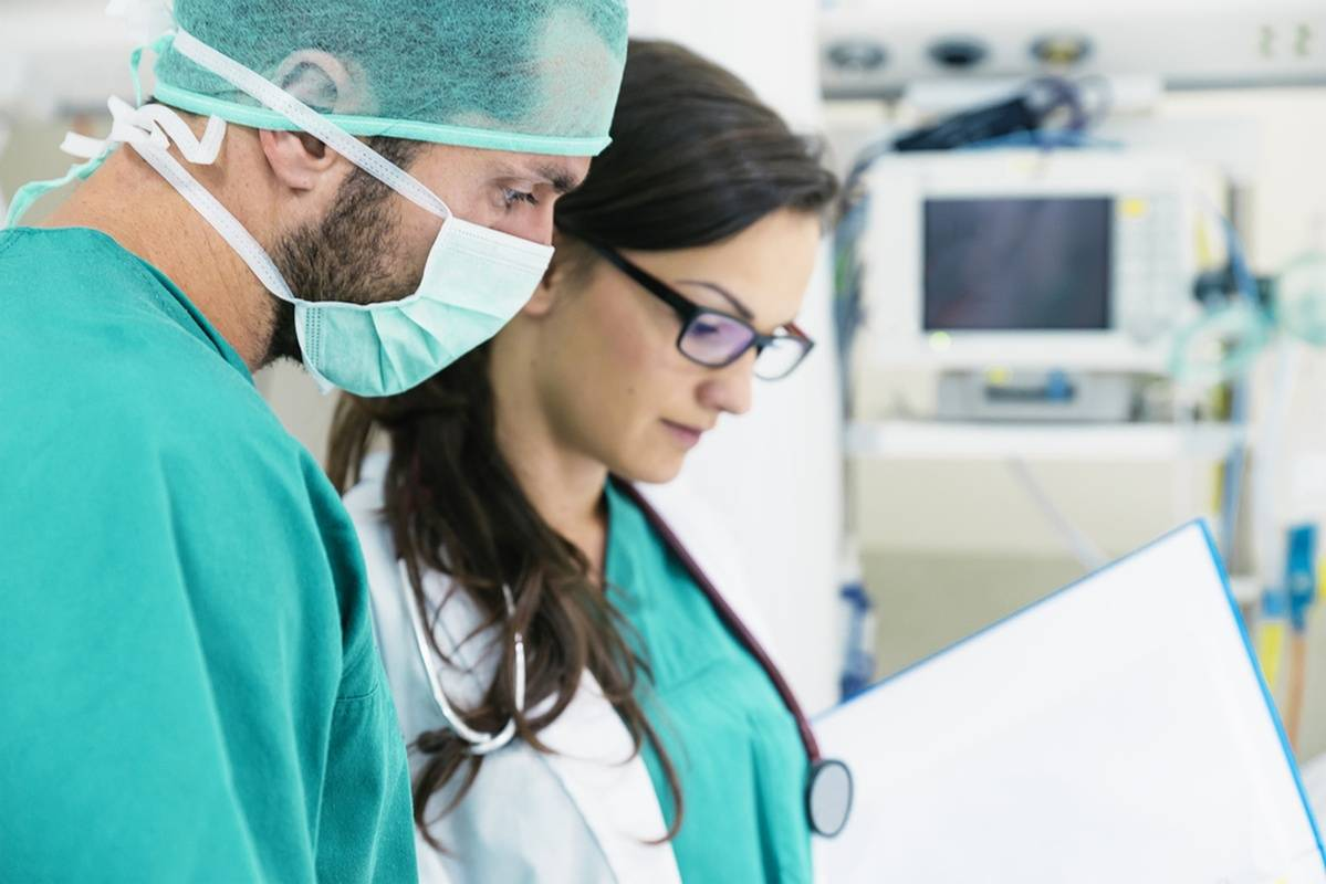 Maintaining Healthy Work Relationships for Nurses And Doctors