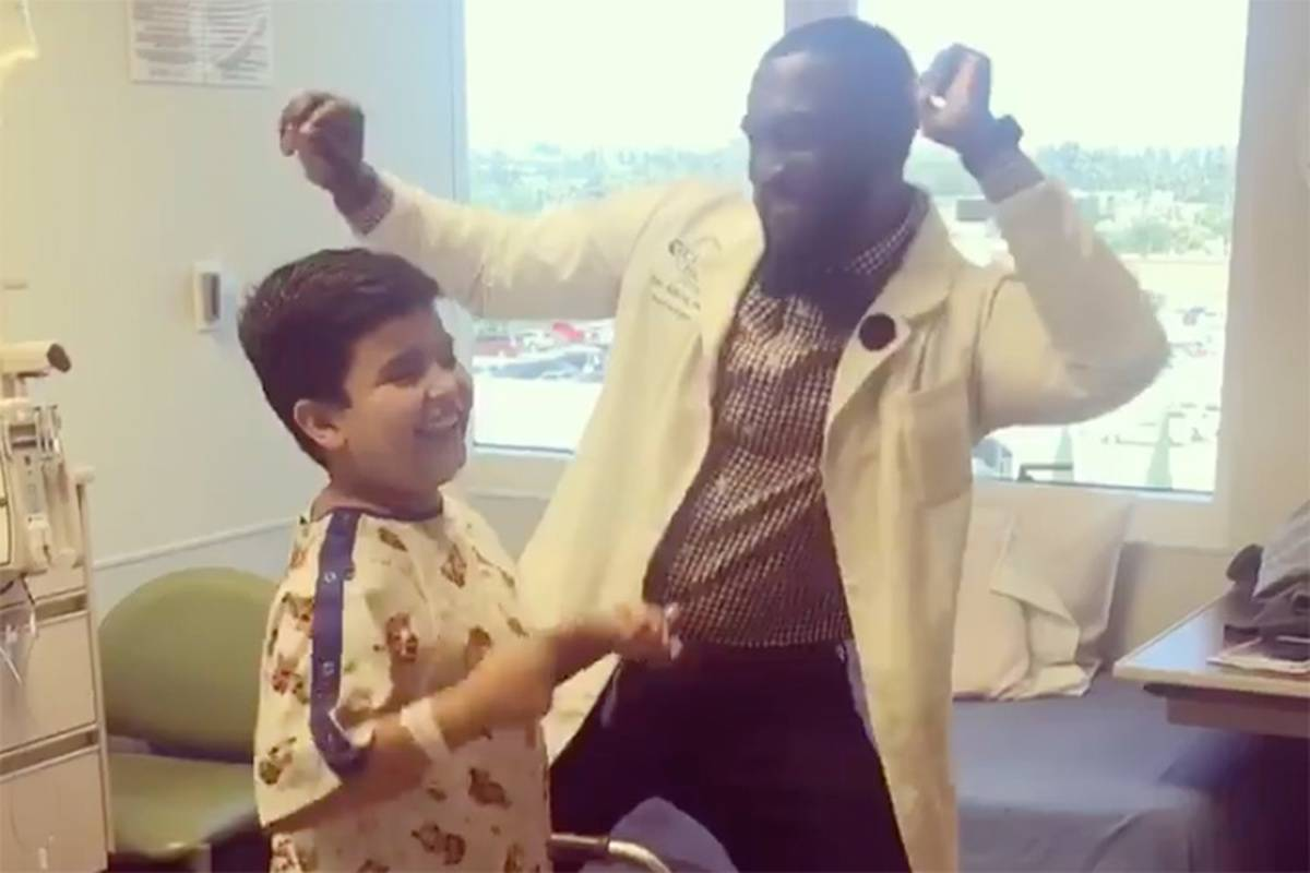 """""""Dancing Doc"""" PA Brings Joy To Pediatric Patients And It Will Make You Smile"""