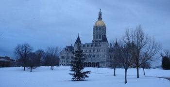 Snowy state legislature building in Connecticut